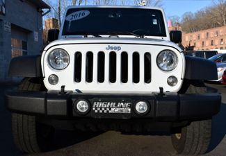 2016 Jeep Wrangler Unlimited Sport Waterbury, Connecticut 9