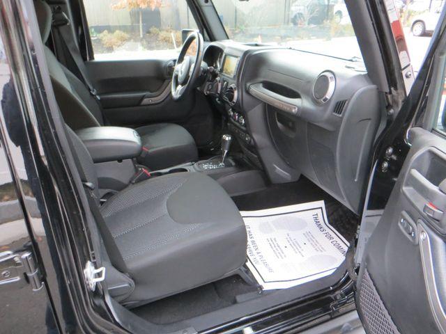 2016 Jeep Wrangler Unlimited Black Bear Watertown, Massachusetts 14