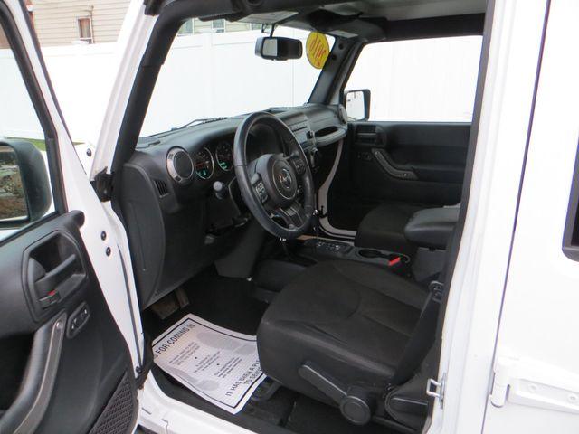 2016 Jeep Wrangler Unlimited Sport Watertown, Massachusetts 6
