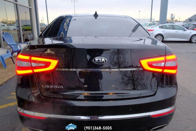 2016 Kia Cadenza Premium in Memphis, Tennessee 38115