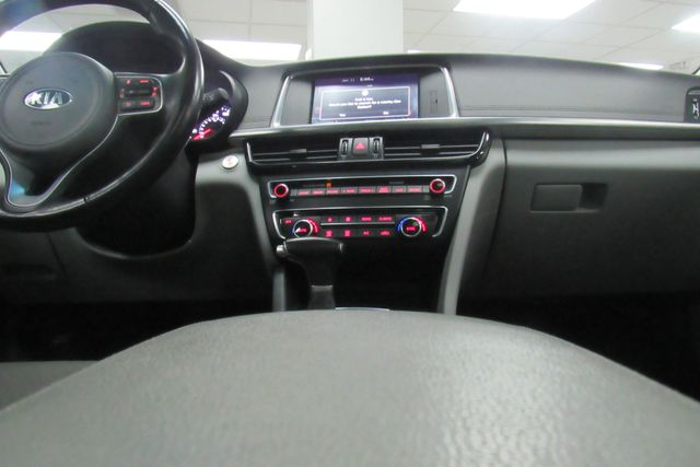 2016 Kia Optima EX W/ NAVIGATION SYSTEM/ BACK UP CAM Chicago, Illinois 17