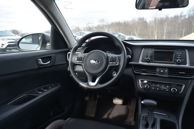 2016 Kia Optima LX Naugatuck, Connecticut 13