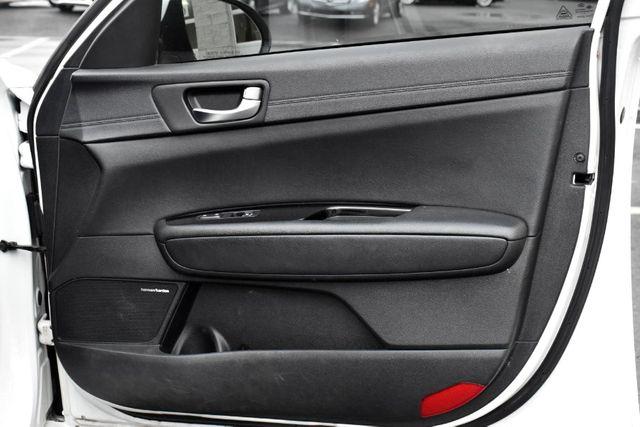 2016 Kia Optima SXL Turbo Waterbury, Connecticut 28