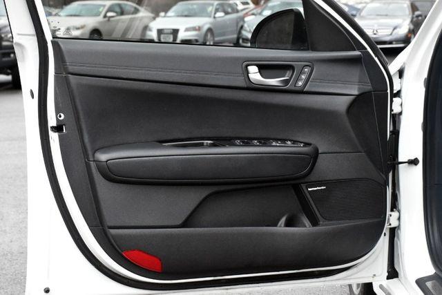 2016 Kia Optima SXL Turbo Waterbury, Connecticut 31