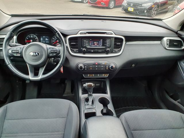 2016 Kia Sorento LX w/3rd Row Seat in Louisville, TN 37777