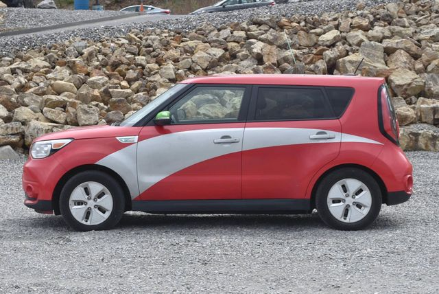 2016 Kia Soul EV Naugatuck, Connecticut 1