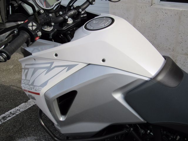 2016 Ktm Super Adventure 1290 in Dania Beach Florida, 33004