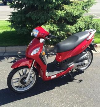 2016 Lance Soho 50 Moped Blaine, Minnesota