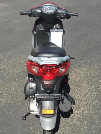 2016 Lance Soho 50 Moped Blaine, Minnesota 8