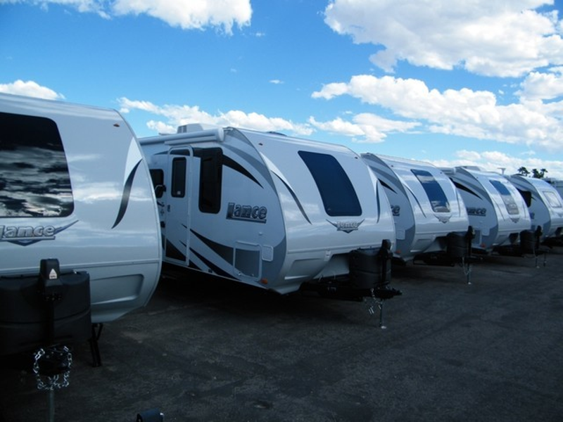 2019 Lance Trailers On Sale  in Surprise AZ