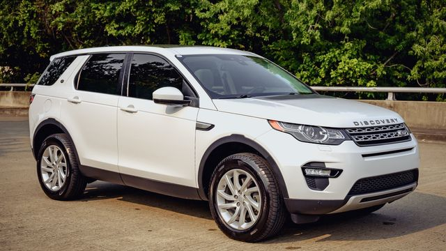 2016 Land Rover Discovery Sport HSE PANO ROOF LEATHER SEATS NAVIGATION in Memphis, TN 38115