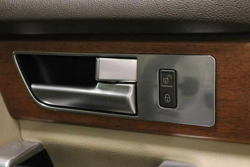 2016 Land Rover LR4 HSE  city NC  The Group NC  in Mansfield, NC