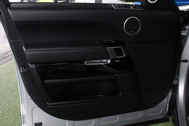 2016 Land Rover Range Rover Supercharged 4WD - VISION ASSIST PACK - PANO ROOF! Mooresville , NC 59
