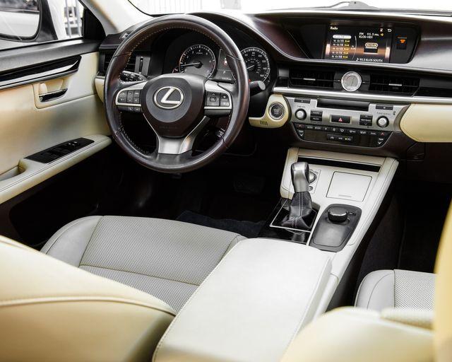 2016 Lexus ES 350 Burbank, CA 17
