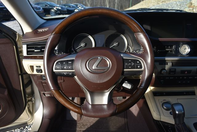 2016 Lexus ES 350 Naugatuck, Connecticut 21