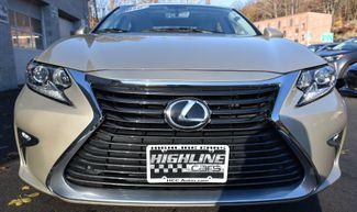 2016 Lexus ES 350 4dr Sdn Waterbury, Connecticut 10