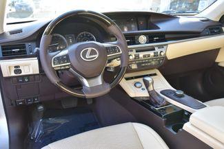 2016 Lexus ES 350 4dr Sdn Waterbury, Connecticut 18