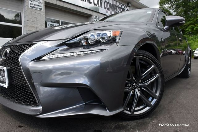 2016 Lexus IS 300 4dr Sdn AWD Waterbury, Connecticut 11