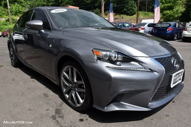 2016 Lexus IS 300 4dr Sdn AWD Waterbury, Connecticut 9