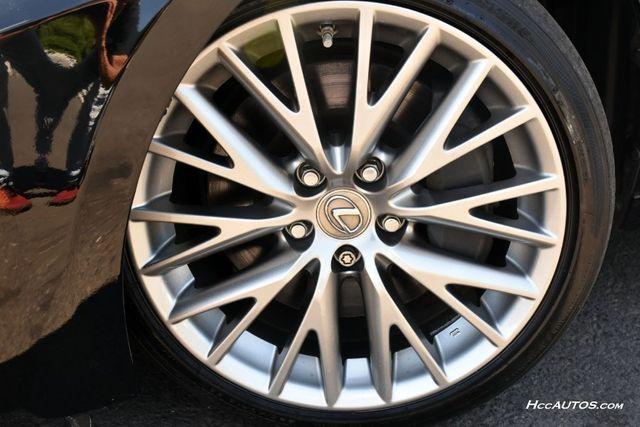 2016 Lexus IS 300 4dr Sdn AWD Waterbury, Connecticut 14