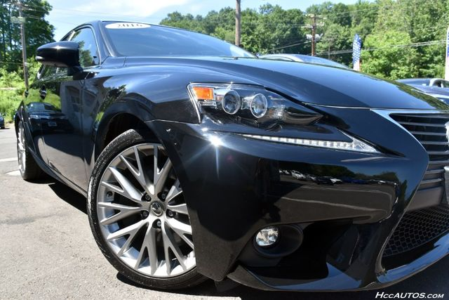 2016 Lexus IS 300 4dr Sdn AWD Waterbury, Connecticut 15