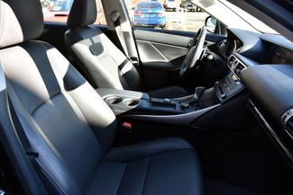 2016 Lexus IS 300 4dr Sdn AWD Waterbury, Connecticut 17