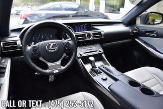 2016 Lexus IS 350 4dr Sdn AWD Waterbury, Connecticut 17
