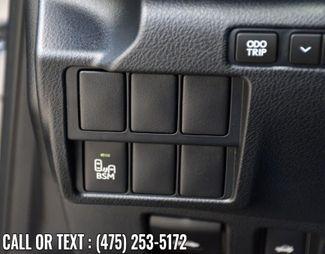 2016 Lexus IS 350 4dr Sdn AWD Waterbury, Connecticut 27