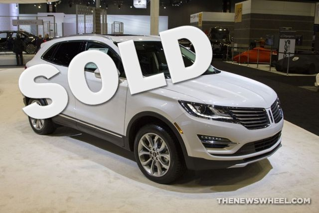 2016 Lincoln MKC Reserve in Bentleyville, Pennsylvania 15314