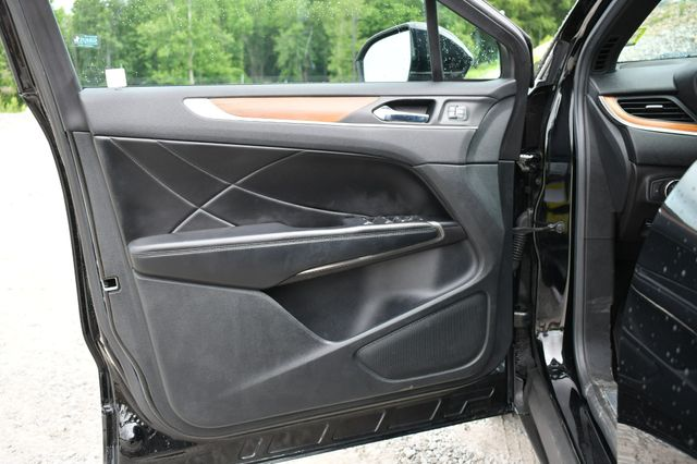 2016 Lincoln MKC Reserve AWD Naugatuck, Connecticut 21