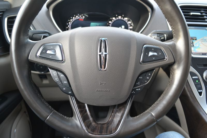 2016 Lincoln MKX Reserve  city New  Father  Son Auto Corp   in Lynbrook, New