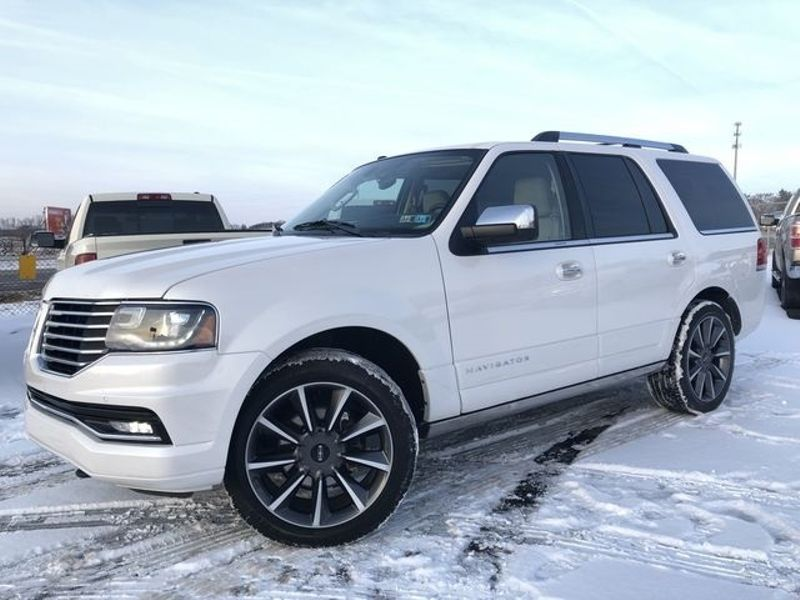 2016 Lincoln Navigator Reserve | Canton, Ohio | Ohio Auto Warehouse LLC in Canton Ohio