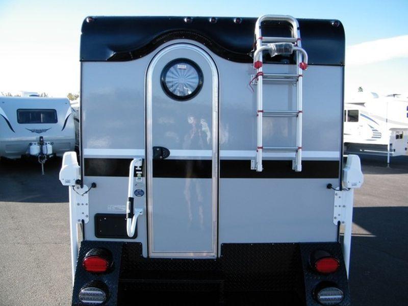 2016 Little Guy Cirrus 800 Max Truck Camper  in Surprise, AZ