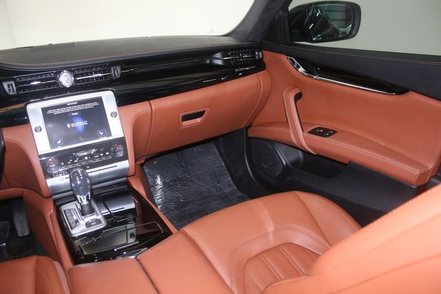 2016 Maserati Quattroporte GTS Houston, Texas 23