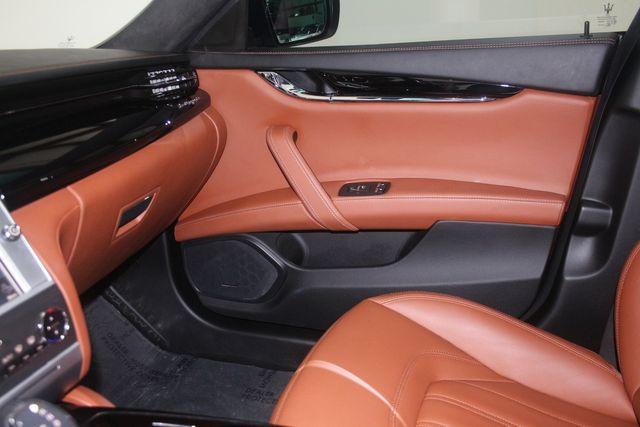 2016 Maserati Quattroporte GTS Houston, Texas 32
