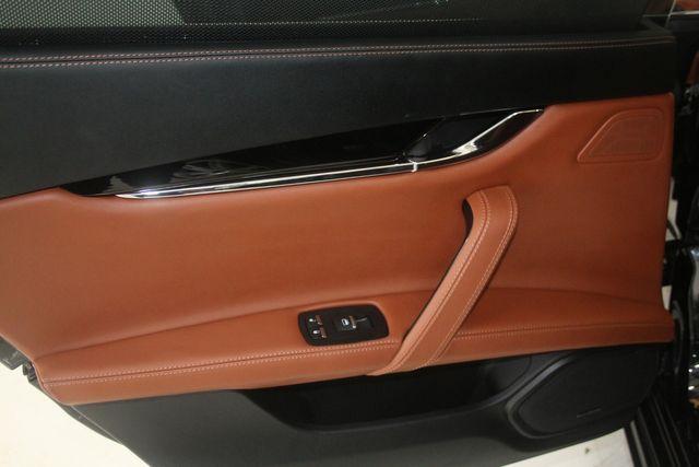 2016 Maserati Quattroporte GTS Houston, Texas 40