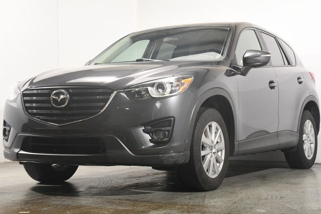 2016 Mazda CX-5 Touring w/ Blind Spot / Sunroof