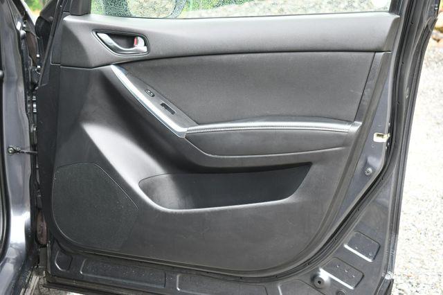 2016 Mazda CX-5 Touring AWD Naugatuck, Connecticut 12