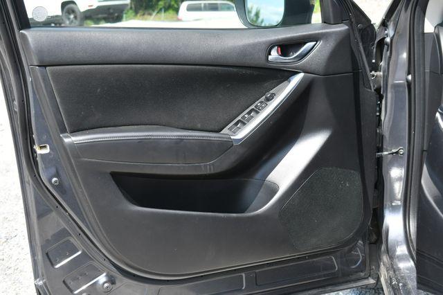 2016 Mazda CX-5 Touring AWD Naugatuck, Connecticut 17