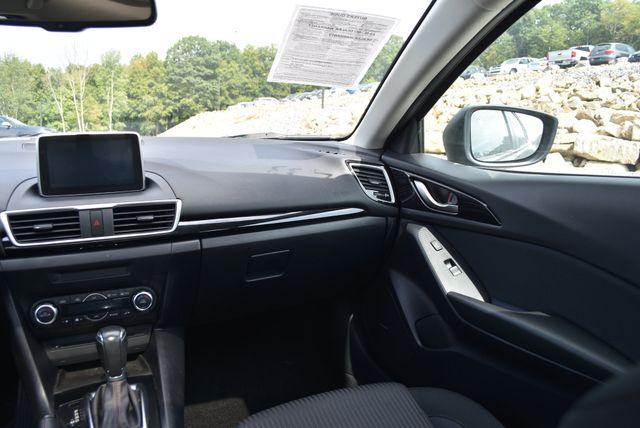 2016 Mazda Mazda3 i Touring Naugatuck, Connecticut 18