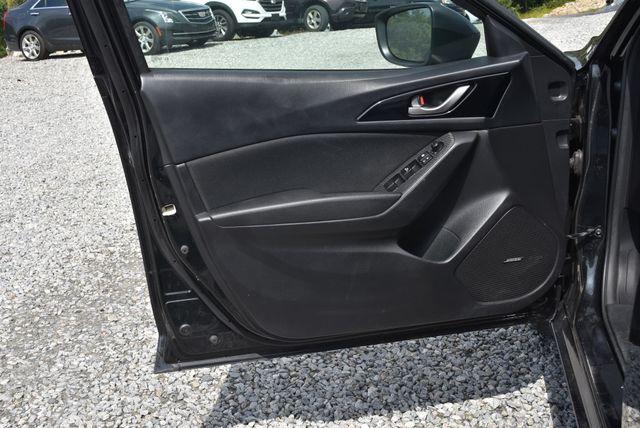 2016 Mazda Mazda3 i Touring Naugatuck, Connecticut 20