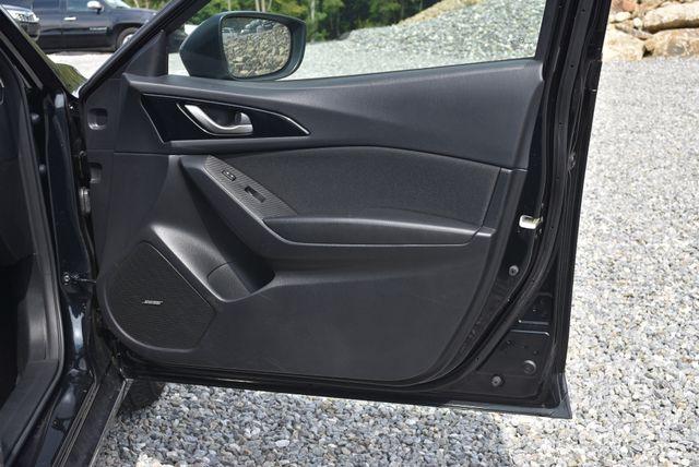2016 Mazda Mazda3 i Touring Naugatuck, Connecticut 8