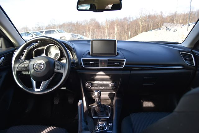 2016 Mazda Mazda3 i Touring Naugatuck, Connecticut 16