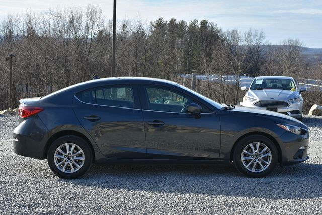 2016 Mazda Mazda3 i Touring Naugatuck, Connecticut 5
