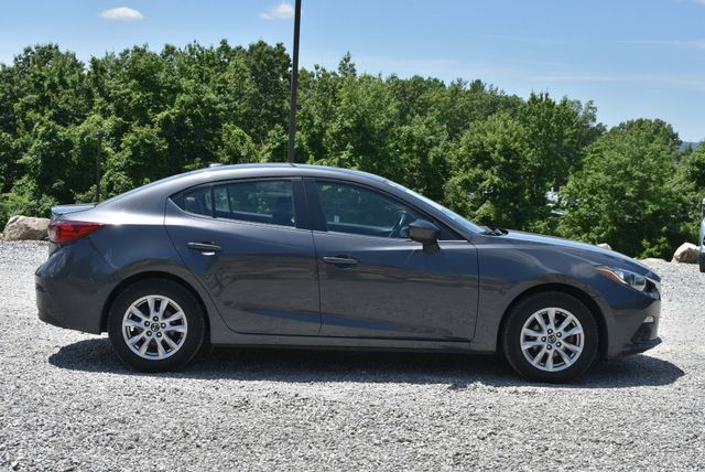 2016 Mazda Mazda3 i Grand Touring Naugatuck, Connecticut 5