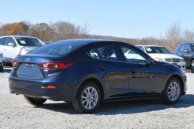 2016 Mazda Mazda3 i Sport Naugatuck, Connecticut 4