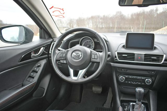 2016 Mazda Mazda3 i Grand Touring Naugatuck, Connecticut 14