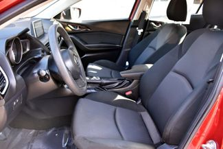 2016 Mazda Mazda3 i Sport Waterbury, Connecticut 11