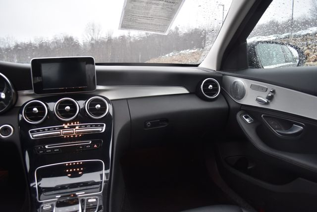 2016 Mercedes-Benz C 300 4Matic Naugatuck, Connecticut 10