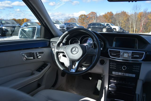 2016 Mercedes-Benz E 250 BlueTEC 4Matic Naugatuck, Connecticut 12